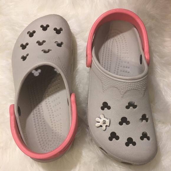839fb8a21a6a35 CROCS Shoes - Disney crocs size 6-7 gray   pink